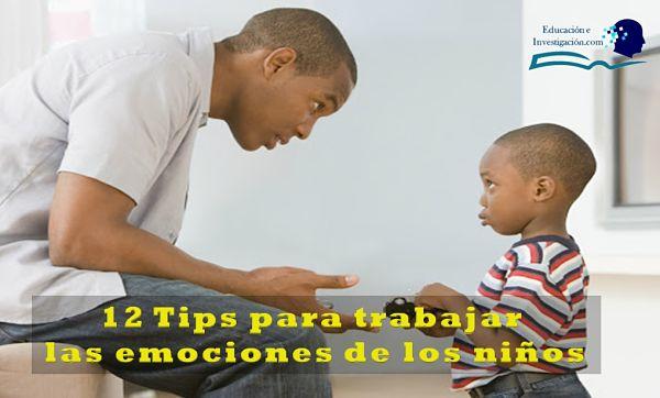 12 tips para trabajar las emociones de los niños, Padre que le explica a su hijo sobre su conducta