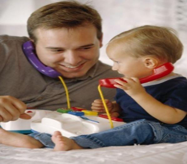 Mejorar la comunicación ayuda a dormir los bebés